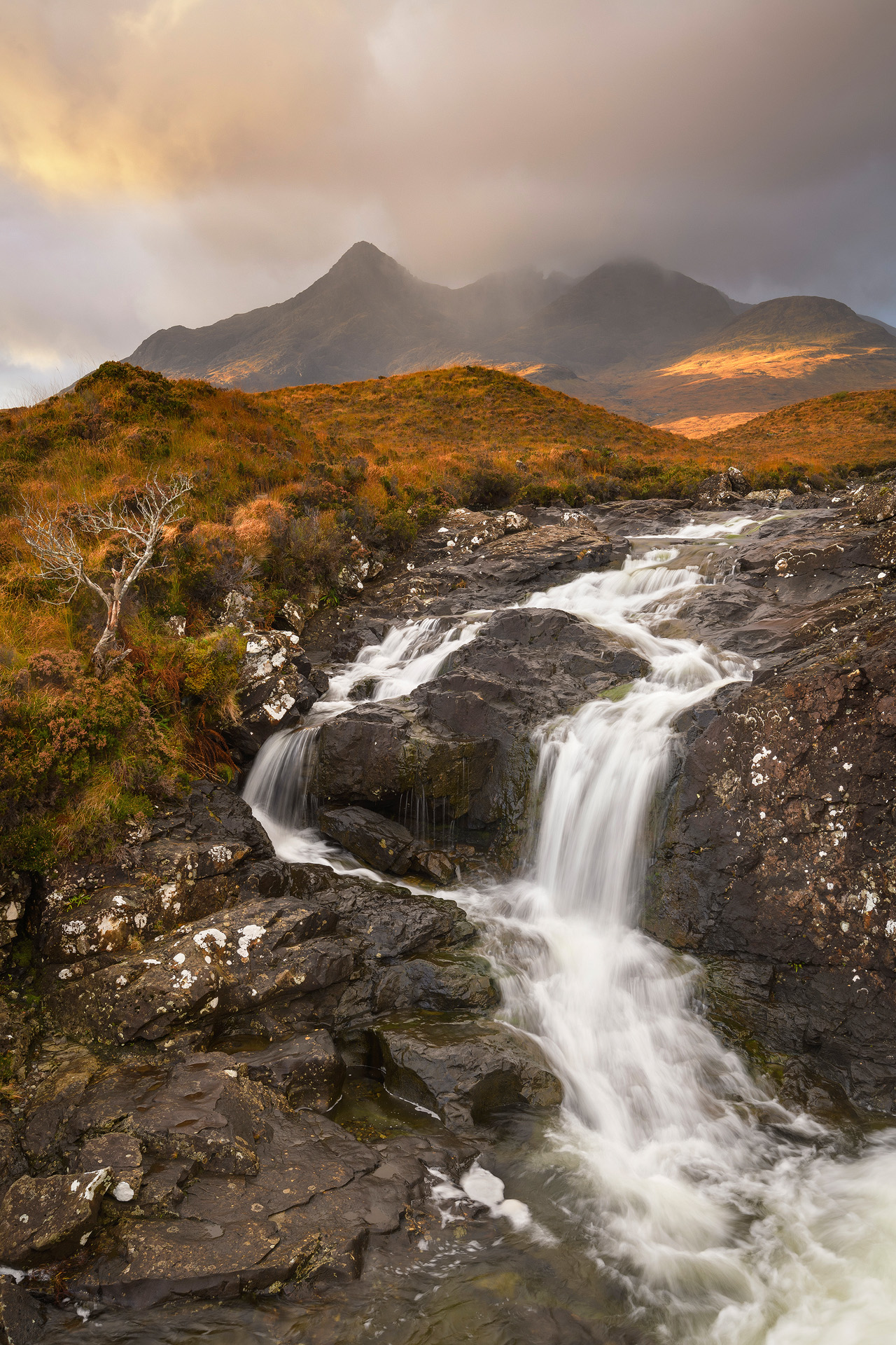 Sunrise Showers over the Cuillins