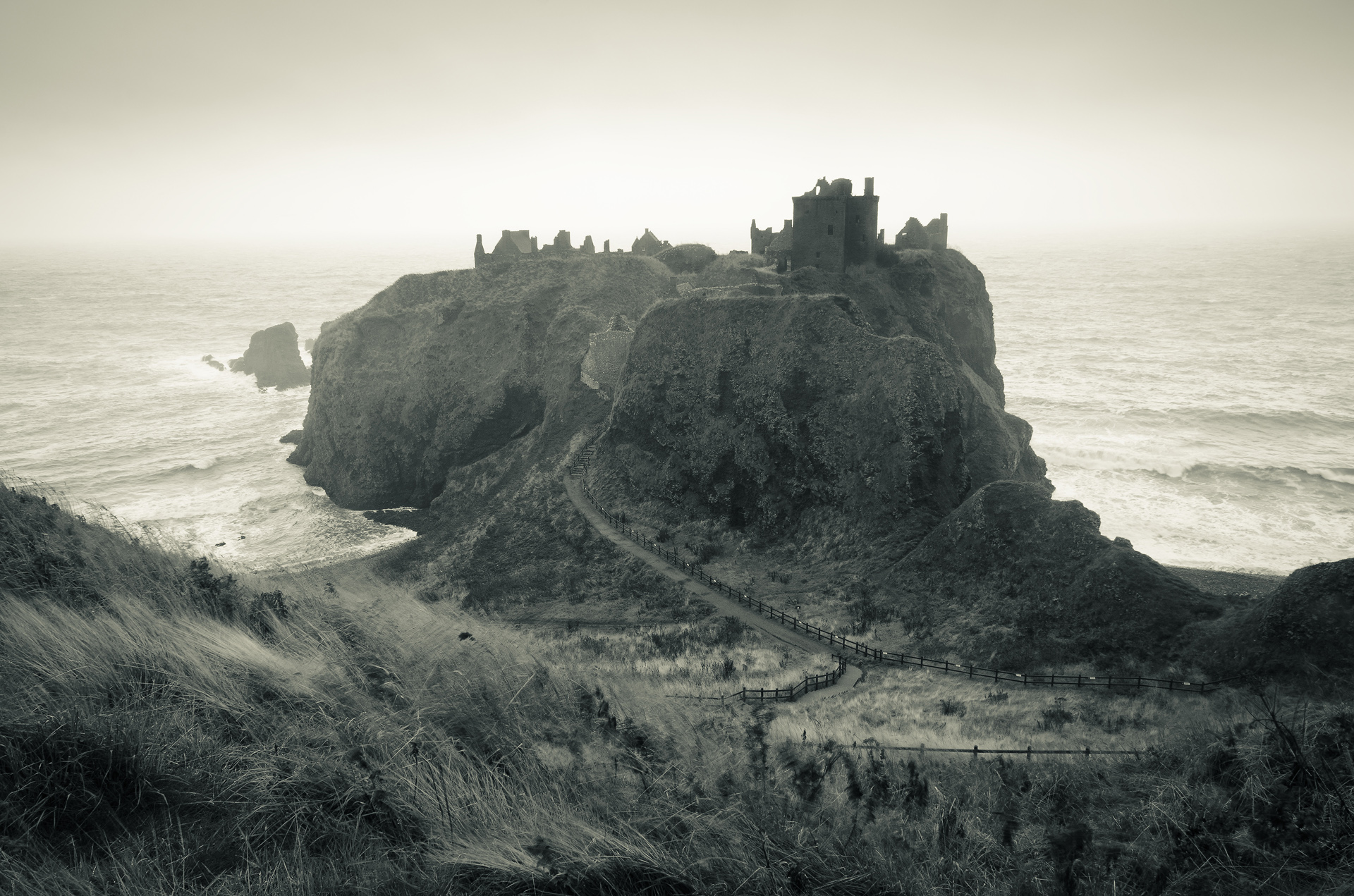 Wild Winds, Dunnottar Castle