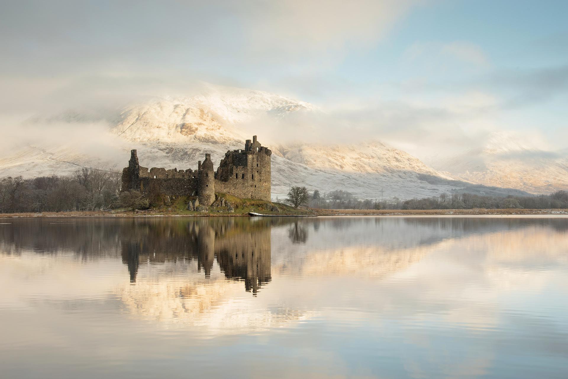 Winter's Morning, Kilchurn Castle